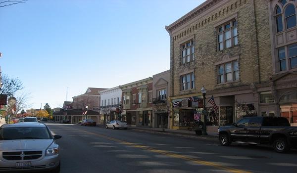 Streetside_in_Versailles,_Ohio