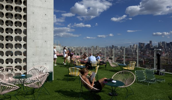 StndNY_LeBain_rooftop5(ToddEberle)