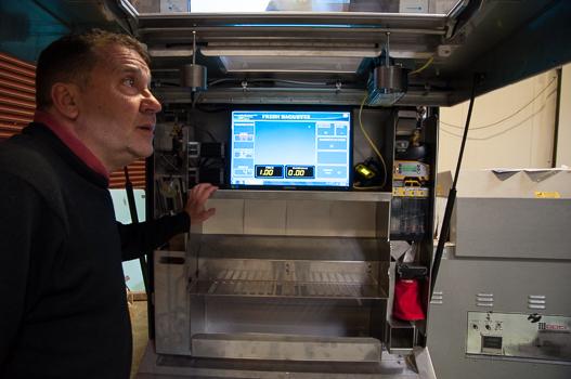 L'intérieur de la machine à baguettes du Bread Xpress. (Image Mahaut Launay)