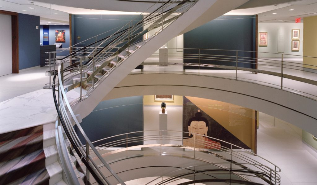 RUBIN MUSEUM Spiral Staircase_Photograph by Peter Aaron.Esto