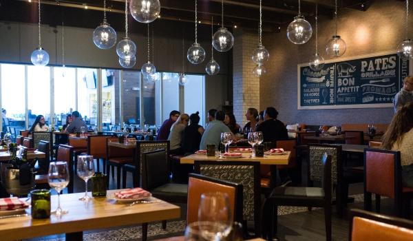 Restaurant Brasserie centrale, Miami. Photo DR.